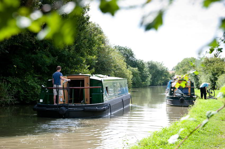 Serenity -  luxury widebeam cruiser designed and built to offer a unique and unforgettable experience whilst cruising and enjoying the tranquil surroundings of the Grand Union Canal